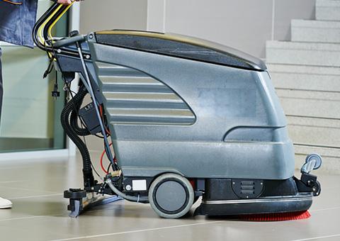 Maszynowe czyszczenie podłóg iposadzek